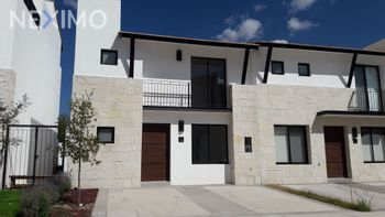 NEX-36593 - Casa en Venta, con 3 recamaras, con 2 baños, con 1 medio baño, con 151 m2 de construcción en El Salitre, CP 76127, Querétaro.