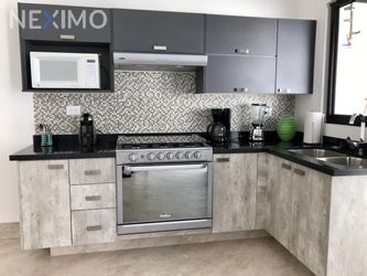 NEX-39294 - Casa en Renta, con 3 recamaras, con 2 baños, con 1 medio baño, con 131 m2 de construcción en Lombardía Residencial, CP 37358, Guanajuato.