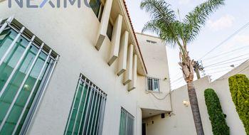 NEX-26880 - Casa en Renta en Camino Real, CP 72595, Puebla, con 8 recamaras, con 4 baños, con 2 medio baños, con 530 m2 de construcción.