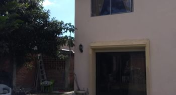 NEX-26926 - Casa en Venta en Universidad, CP 72590, Puebla, con 4 recamaras, con 3 baños, con 1 medio baño, con 301 m2 de construcción.