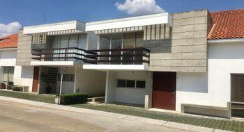 NEX-14268 - Casa en Renta en Santiaguito, CP 52140, México, con 3 recamaras, con 4 baños, con 1 medio baño, con 280 m2 de construcción.