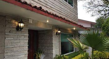 NEX-15051 - Casa en Venta en Lomas de las Palmas, CP 52788, México, con 3 recamaras, con 3 baños, con 1 medio baño, con 539 m2 de construcción.