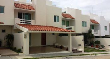 NEX-23691 - Casa en Renta en San Cristóbal, CP 29038, Chiapas, con 3 recamaras, con 3 baños, con 1 medio baño, con 220 m2 de construcción.