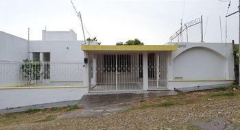 NEX-23955 - Casa en Venta en El Mirador, CP 29030, Chiapas, con 4 recamaras, con 4 baños, con 1 medio baño, con 380 m2 de construcción.