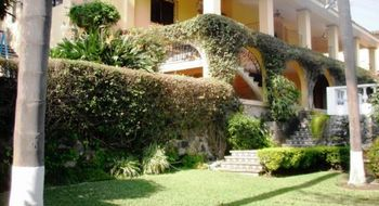 NEX-24137 - Casa en Venta en Palmira Tinguindin, CP 62490, Morelos, con 4 recamaras, con 3 baños, con 1 medio baño, con 643 m2 de construcción.