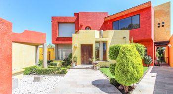 NEX-24133 - Casa en Venta en Fundadores de Zavaleta, CP 72176, Puebla, con 4 recamaras, con 3 baños, con 1 medio baño, con 690 m2 de construcción.