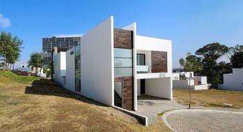 NEX-24431 - Casa en Venta en Lomas de Angelópolis, CP 72830, Puebla, con 4 recamaras, con 4 baños, con 1 medio baño, con 230 m2 de construcción.