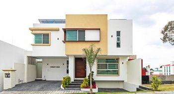 NEX-26602 - Casa en Venta en La Calera, CP 72520, Puebla, con 4 recamaras, con 3 baños, con 2 medio baños, con 250 m2 de construcción.