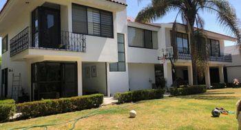 NEX-25454 - Casa en Venta en Real de Zavaleta, CP 72197, Puebla, con 3 recamaras, con 3 baños, con 2 medio baños, con 574 m2 de construcción.