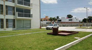 NEX-25890 - Departamento en Renta en Momoxpan, CP 72754, Puebla, con 2 recamaras, con 2 baños, con 1 medio baño, con 100 m2 de construcción.