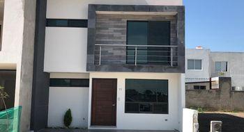 NEX-26004 - Casa en Venta en Pino Suárez, CP 72020, Puebla, con 3 recamaras, con 2 baños, con 2 medio baños, con 185 m2 de construcción.