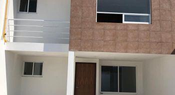 NEX-26550 - Casa en Venta en Zerezotla, CP 72764, Puebla, con 3 recamaras, con 2 baños, con 2 medio baños, con 174 m2 de construcción.