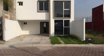 NEX-26701 - Casa en Venta en Emiliano Zapata, CP 72824, Puebla, con 3 recamaras, con 3 baños, con 1 medio baño, con 185 m2 de construcción.