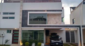 NEX-30618 - Casa en Renta en Santa María Cuaco, CP 72815, Puebla, con 3 recamaras, con 2 baños, con 1 medio baño, con 195 m2 de construcción.