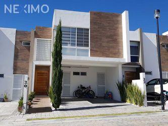 NEX-42548 - Casa en Venta, con 3 recamaras, con 2 baños, con 1 medio baño, con 128 m2 de construcción en Lomas de Angelópolis Privanza, CP 72830, Puebla.