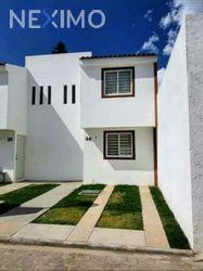 NEX-53761 - Casa en Renta, con 2 recamaras, con 1 baño, con 1 medio baño, con 80 m2 de construcción en Cuautlancingo Corredor Empresarial, CP 72710, Puebla.