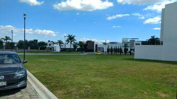 NEX-26503 - Terreno en Venta en Angelopolis, CP 72193, Puebla, con 1 m2 de construcción.