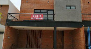 NEX-26505 - Casa en Venta en Angelopolis, CP 72193, Puebla, con 3 recamaras, con 5 baños, con 227 m2 de construcción.