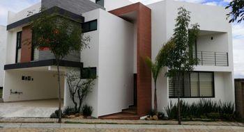 NEX-26798 - Casa en Venta en Lomas de Angelópolis, CP 72830, Puebla, con 3 recamaras, con 5 baños, con 235 m2 de construcción.
