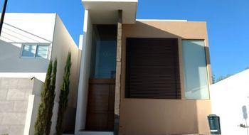 NEX-26908 - Casa en Renta en Lomas de Angelópolis, CP 72830, Puebla, con 3 recamaras, con 4 baños, con 220 m2 de construcción.