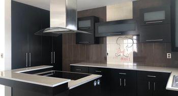 NEX-24706 - Casa en Renta en Campestre Juriquilla, CP 76226, Querétaro, con 3 recamaras, con 2 baños, con 1 medio baño, con 248 m2 de construcción.