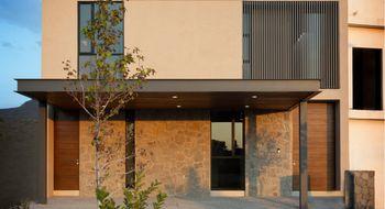 NEX-24841 - Casa en Venta en Altozano el Nuevo Querétaro, CP 76237, Querétaro, con 3 recamaras, con 3 baños, con 1 medio baño, con 330 m2 de construcción.