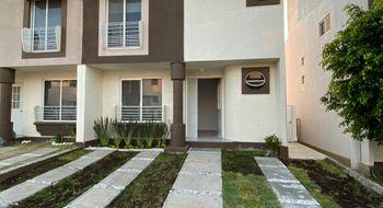 NEX-30137 - Casa en Renta en Palmares, CP 76127, Querétaro, con 3 recamaras, con 2 baños, con 1 medio baño, con 118 m2 de construcción.