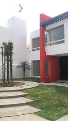 NEX-30322 - Casa en Venta, con 3 recamaras, con 2 baños, con 1 medio baño, con 146 m2 de construcción en Milenio 3a. Sección, CP 76060, Querétaro.