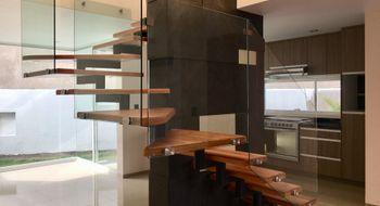 NEX-30324 - Casa en Venta en Milenio 3a. Sección, CP 76060, Querétaro, con 3 recamaras, con 2 baños, con 1 medio baño, con 146 m2 de construcción.