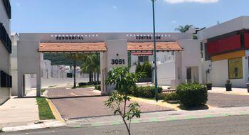 NEX-32101 - Casa en Venta en Centro Sur, CP 76090, Querétaro, con 3 recamaras, con 2 baños, con 1 medio baño, con 213 m2 de construcción.