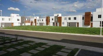 NEX-33080 - Casa en Renta en Santa Fe, CP 76147, Querétaro, con 3 recamaras, con 2 baños, con 1 medio baño, con 157 m2 de construcción.