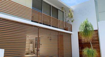 NEX-25205 - Casa en Venta en Bosques de Palmira, CP 62076, Morelos, con 3 recamaras, con 3 baños, con 1 medio baño, con 456 m2 de construcción.