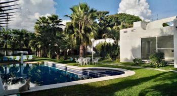 NEX-25212 - Casa en Venta en Lomas de Cuernavaca, CP 62584, Morelos, con 4 recamaras, con 4 baños, con 1 medio baño, con 576 m2 de construcción.