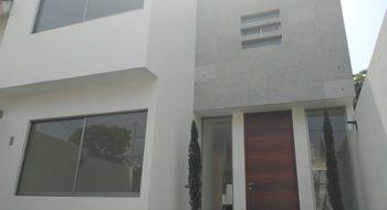NEX-28639 - Casa en Venta en Jardín Tetela, CP 62136, Morelos, con 4 recamaras, con 3 baños, con 166 m2 de construcción.