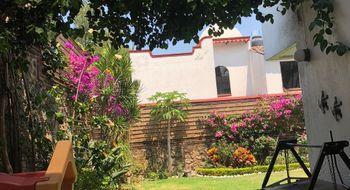 NEX-30487 - Casa en Venta en Lomas de Atzingo, CP 62180, Morelos, con 3 recamaras, con 2 baños, con 1 medio baño, con 143 m2 de construcción.