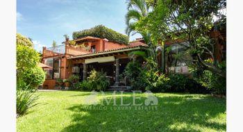 NEX-30847 - Casa en Venta en Acapatzingo, CP 62493, Morelos, con 6 recamaras, con 6 baños, con 1 medio baño, con 634 m2 de construcción.