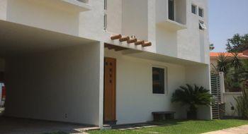 NEX-30953 - Casa en Renta en Palmira Tinguindin, CP 62490, Morelos, con 4 recamaras, con 5 baños, con 1 medio baño, con 400 m2 de construcción.