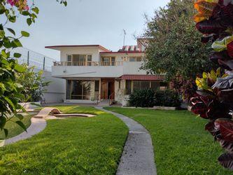 NEX-41603 - Casa en Renta en Vicente Estrada Cajigal, CP 62460, Morelos, con 5 recamaras, con 4 baños, con 1065 m2 de construcción.