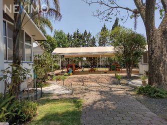 NEX-44032 - Casa en Renta, con 10 recamaras, con 12 baños, con 750 m2 de construcción en Santa María Ahuacatitlán, CP 62100, Morelos.