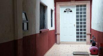 NEX-25430 - Casa en Venta en El Encino, CP 20240, Aguascalientes, con 4 recamaras, con 2 baños, con 2 medio baños, con 180 m2 de construcción.