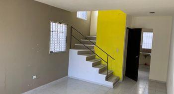 NEX-26941 - Casa en Venta en Supermanzana 50, CP 77533, Quintana Roo, con 2 recamaras, con 1 baño, con 1 medio baño, con 74 m2 de construcción.