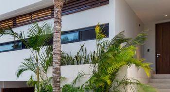NEX-27195 - Casa en Venta en Zona Hotelera, CP 77500, Quintana Roo, con 3 recamaras, con 3 baños, con 1 medio baño, con 330 m2 de construcción.