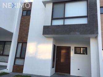 NEX-40402 - Casa en Renta en Zibatá, CP 76269, Querétaro, con 3 recamaras, con 2 baños, con 1 medio baño, con 130 m2 de construcción.