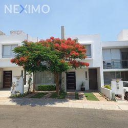 NEX-46292 - Casa en Venta, con 3 recamaras, con 2 baños, con 1 medio baño, con 162 m2 de construcción en Residencial el Refugio, CP 76146, Querétaro.