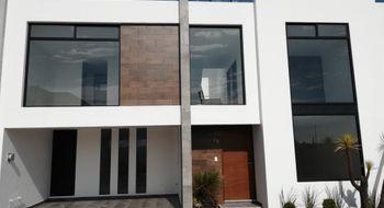 NEX-27970 - Casa en Venta en Cholula, CP 72760, Puebla, con 3 recamaras, con 3 baños, con 2 medio baños, con 180 m2 de construcción.