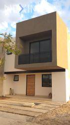 NEX-27964 - Casa en Venta, con 3 recamaras, con 2 baños, con 1 medio baño, con 190 m2 de construcción en San Carlos la Rocha, CP 37544, Guanajuato.