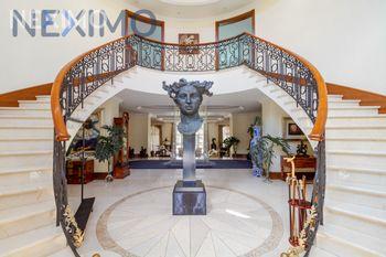 NEX-50266 - Casa en Venta, con 7 recamaras, con 8 baños, con 4 medio baños, con 2142 m2 de construcción en Jardines del Pedregal, CP 01900, Ciudad de México.