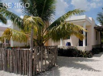 NEX-44938 - Casa en Venta, con 2 recamaras, con 1 baño, con 110 m2 de construcción en Chelem, CP 97336, Yucatán.