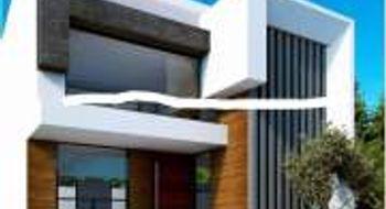 NEX-32100 - Casa en Venta en Lomas de Angelópolis, CP 72830, Puebla, con 4 recamaras, con 6 baños, con 1 medio baño, con 300 m2 de construcción.
