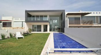 NEX-28148 - Casa en Venta en Burgos, CP 62584, Morelos, con 5 recamaras, con 5 baños, con 450 m2 de construcción.